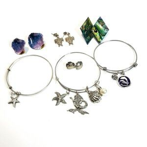 Beachy Jewelry Lot Silvertone Bracelets and More